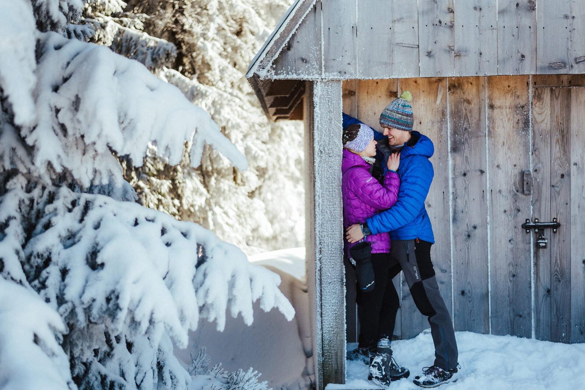 Zimowa sesja narzeczeńska w górach 21